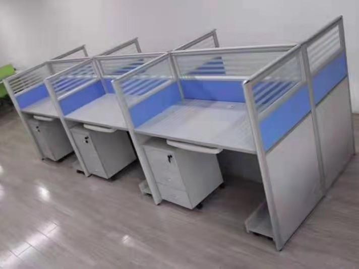 屏风办公桌的维护与清洁  [智兴家具]