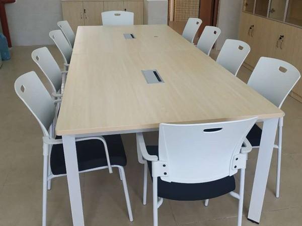 板式办公家具——桌台类家具的基本设计