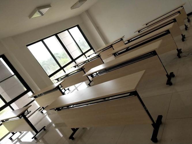 培训室办公家具应如何设计?[智兴家具]