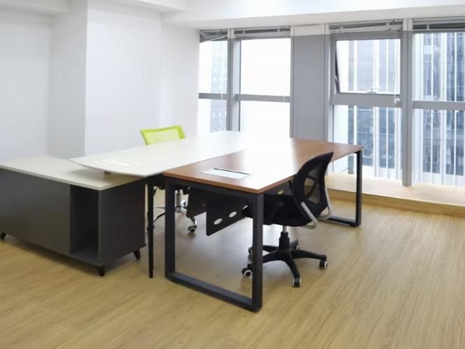 定制办公桌,品质要兼顾到哪些方面?[智兴家具]