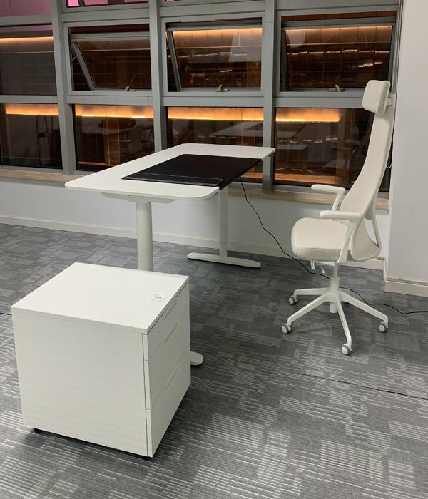 谈谈电脑桌椅的选购方法 [智兴家具]