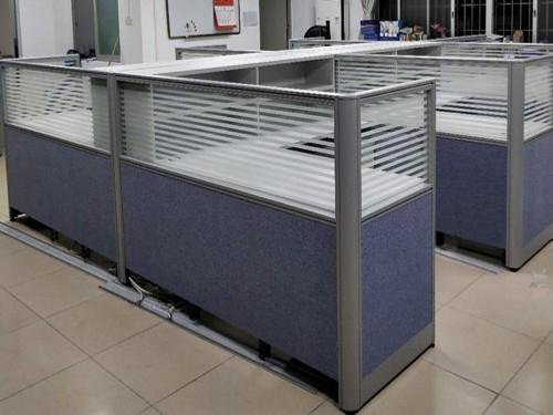 办公家具定制有哪些优势?