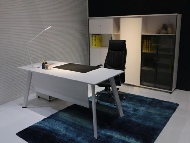 如何挑选好的板式办公家具? [智兴家具]